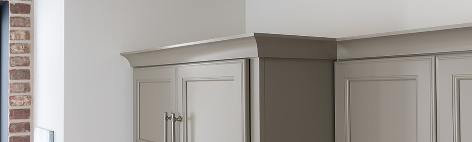 top_banner_moulding_and_accents