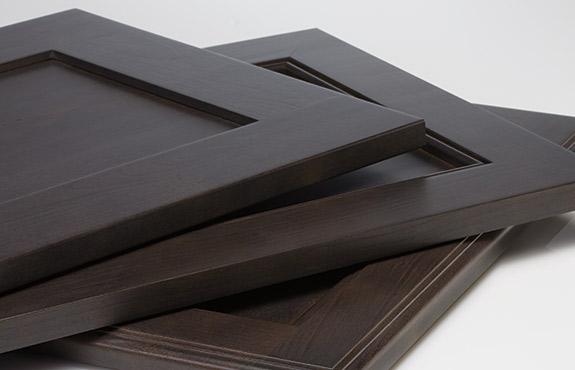 Semi Custom Kitchen Cabinets – Diamond Cabinetry