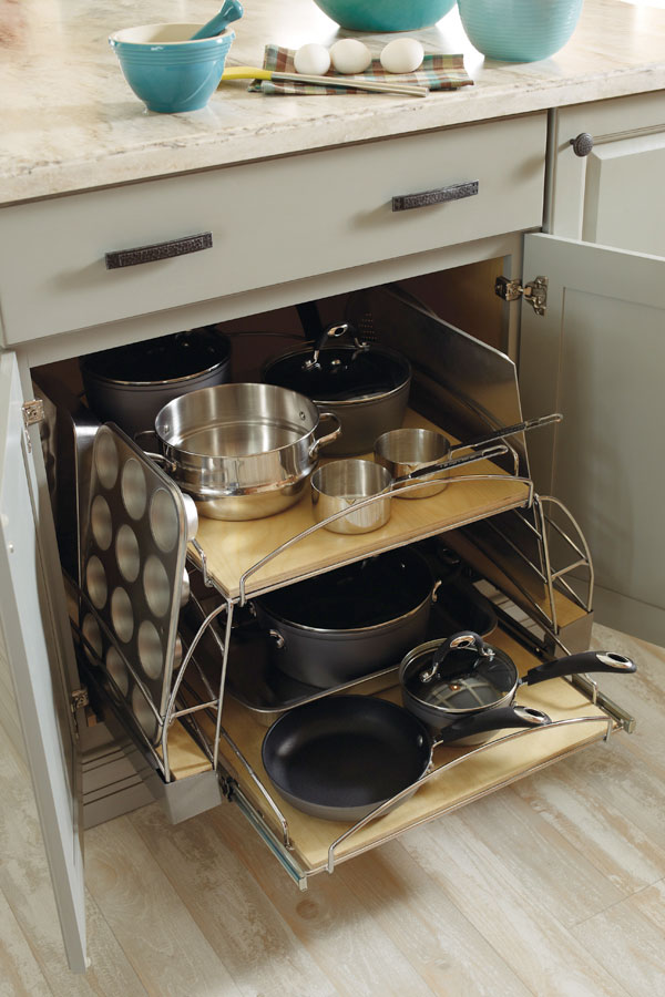 Base Pots And Pans Pullout Diamond Cabinetry