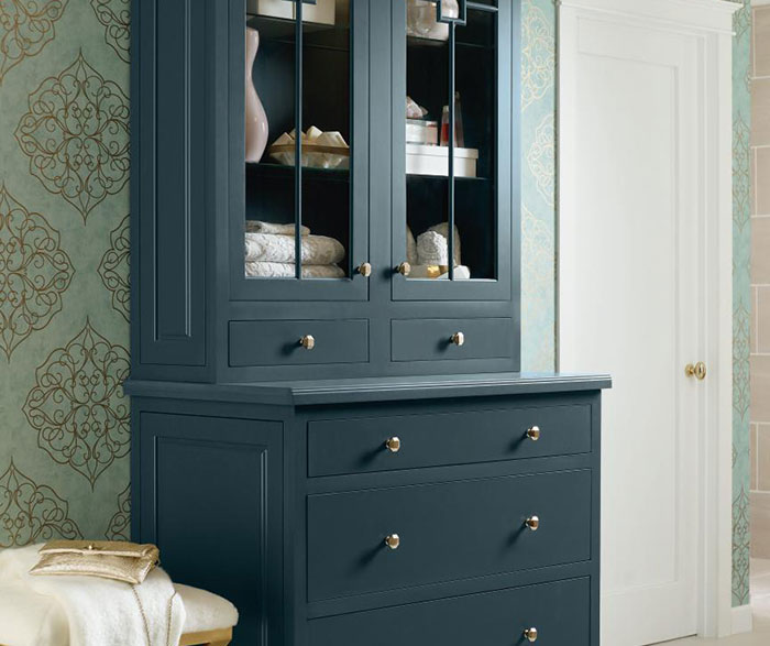 Maritime Blue Cabinet Paint on Maple - Diamond Cabinetry