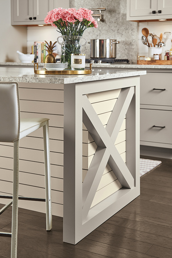 X End Panel Diamond Cabinetry