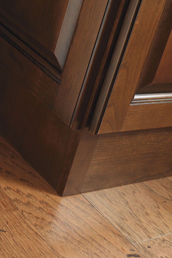 Flush Toekick Diamond Cabinetry