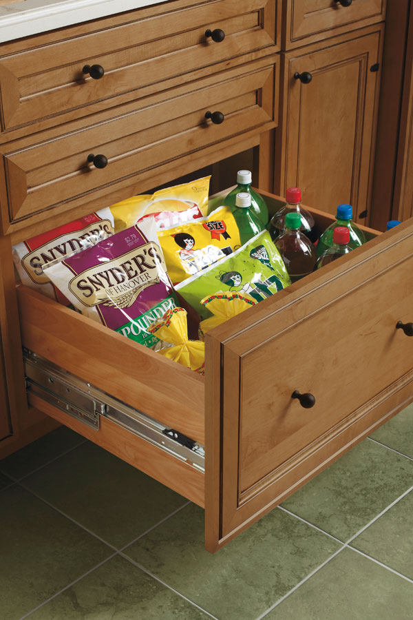 Deep Drawer Base Cabinet - Diamond Cabinetry