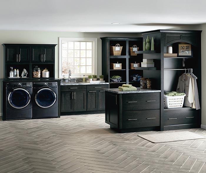 Black Kitchen Cabinets Photos: Black Kitchen Cabinets