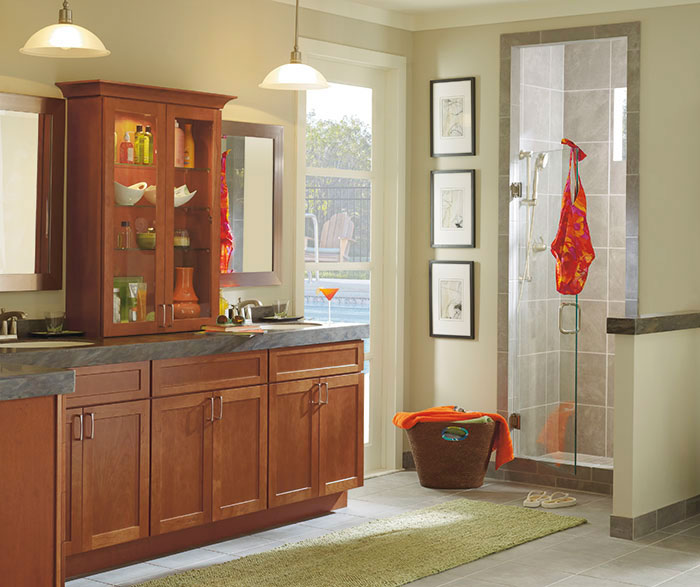Shaker style cabinets in bathroom by Diamond Cabinetry