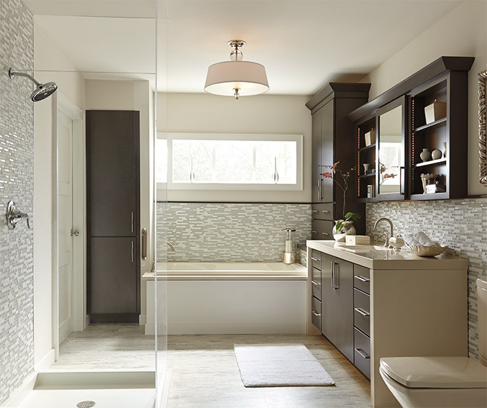Painted cabinets in a casual bathroom by Diamond Cabinetry